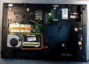 Ноутбук HP Compaq 625 не включается